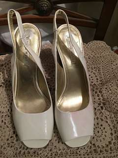 Nine West white chunky heel shoes