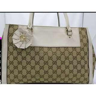 100% Real & 85% New , Gucci Bag 白色手挽袋 (可上膊)