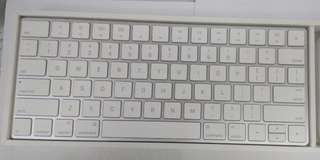 Apple Magic keboard 2 mouse 2