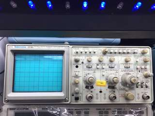 Tektronix示波器 2230 100MHz DIGITAL STORAGE OSCILLOSCOPE