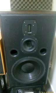 wts fountek p3112 speakers with brand new stands. price slightly neg, free long Belden speaker cables if price met.