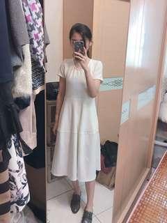 🚚 Pazzo白色洋裝