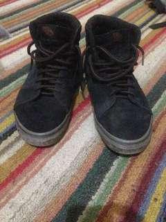 Vans Sk8 hi fleece black gum sole