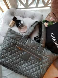 Chanel cocoon bag 38cm grey with blue