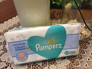 Pampers 64 Baby Wipes