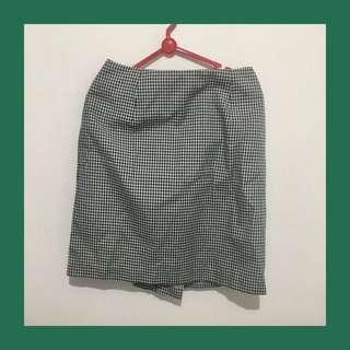 Simple checkered skirt