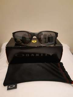 Oakley: Scuderia Ferrari Collection Chainlink Limited Edition