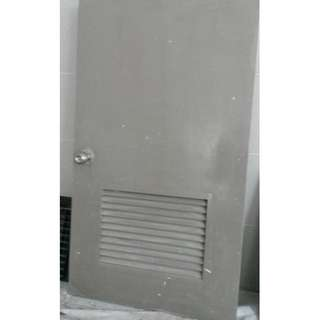 Store Door (Comes with Lock & Keys) Selling Cheap