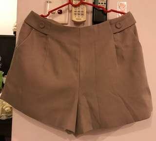 Pinky short pant (from Hong Kong)