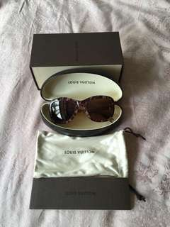 c7ac238beb NEW Louis Vuitton Sunglass with box