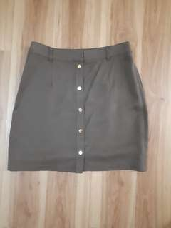 Dynamite Button skirt