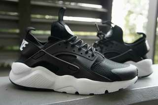 Nike Huarache Ultra (men and women size avail)