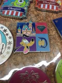 Disney Pin 迪士尼徽章- Pluto 布魯托