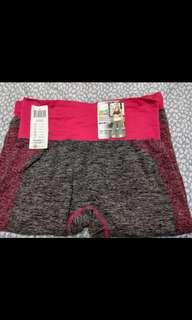🚚 黛瑪 運動休閒七分褲 內有兩件XL 桃紅及灰黑色