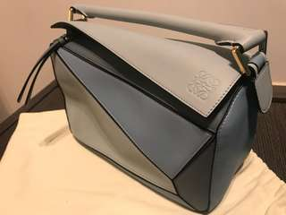 全新100% new Loewe small puzzle leather bag