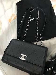 Jerry媽媽-Chanel 新款包甜售72800