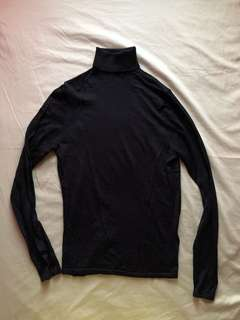 Black H&M Turtleneck Sweater