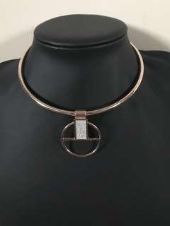 Rose gold solid choker