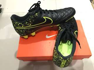 Nike Tiempo Genio Leather Men's Frim-Ground Football Boot