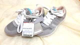 🚚 特價西班牙全新童鞋