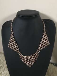 Rose gold triangle mesh necklace