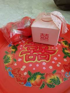 An Chuang/ Wedding shuang xi 囍 red plate with egg and giftbox