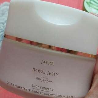 Penghilang Bekas Luka / Royal Jelly Body Complex
