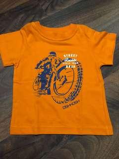 Oshkosh orange tshirt