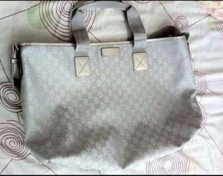 Gucci 手袋 (last mark down)