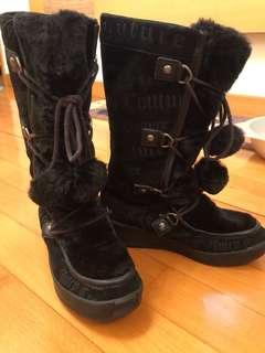 Juicy Couture Igloo Wedge Boots 黑色雪靴