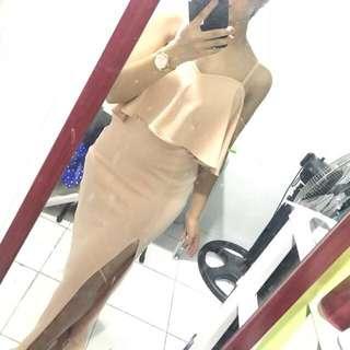 Stylestaple long gown for rent ✨🖤
