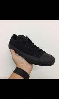 🚚 Converse 全黑帆布鞋