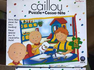 Caillou puzzles set of 2