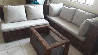 Analoc sala set with lamp shade