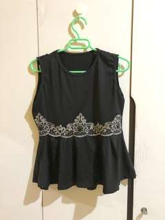 PEPLUM SLEEVELESS TOP BLACK