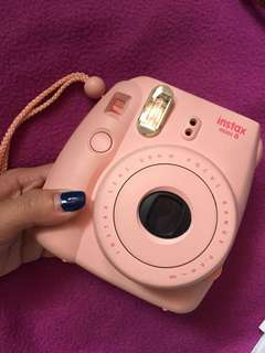 *REPRICED* Instax Mini 8 (pink)