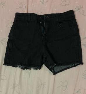 🚚 黑色彈性牛仔短褲