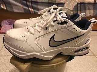 🚚 Nike monarch VI 老爹鞋 全新10號無盒