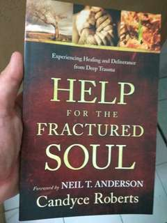 Help for the Fractured Soul by Candyce Roberts (Christian Book)