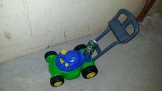 BB walking learning toy car, trade in.Tuen.Mun bb 學行學習車,屯門交收