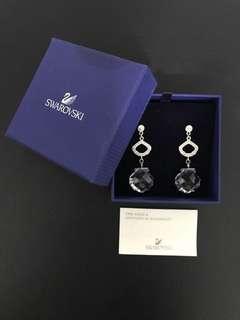 🚚 Swarovski Dangling Crystal Earrings