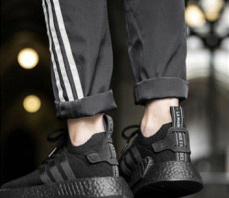 dd9ea1ac2f69b Adidas Triple Black R2 AUTHENTIC