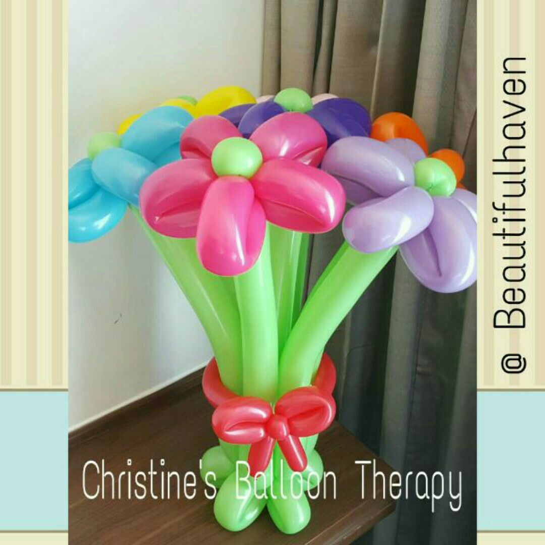 Balloon Flower Bouquet 7 Daisies Everything Else On Carousell