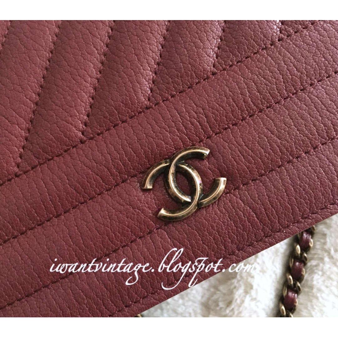 6a1223a77c44 Chanel A82398 Diagonal Quilted Wallet On Chain-Burgundy, Women's Fashion,  Bags & Wallets on Carousell