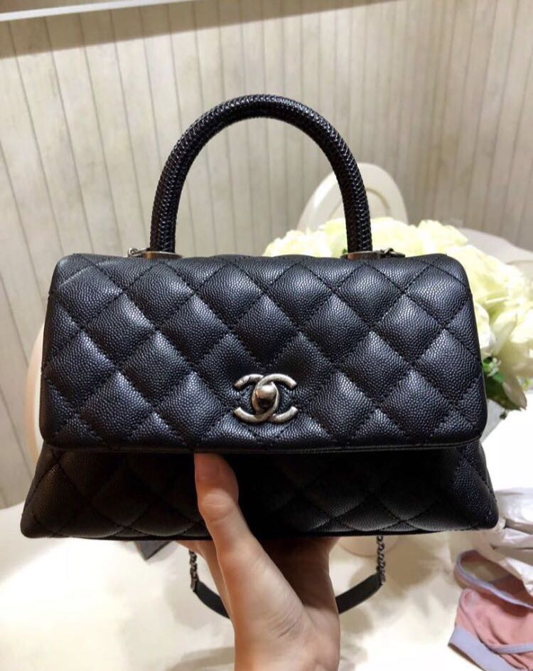 87b3d91bbd5c Chanel Coco Handle