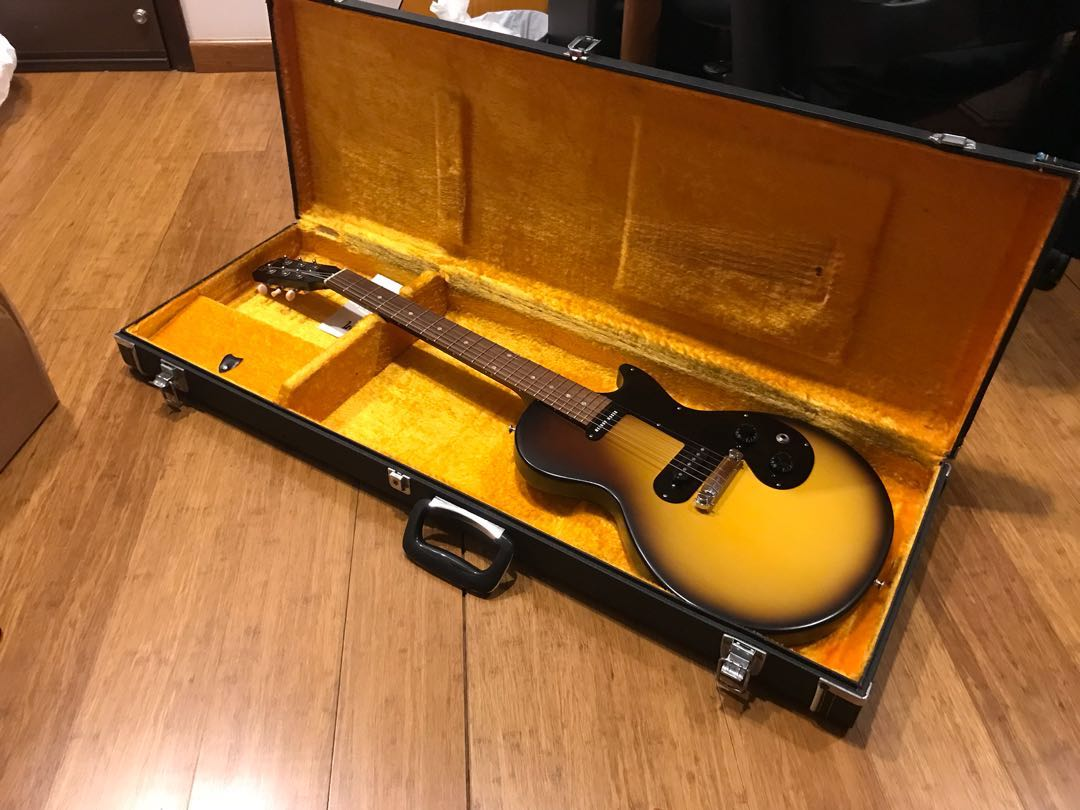 Gibson Melody Maker 2011 USA, Music & Media, Music Instruments on ...