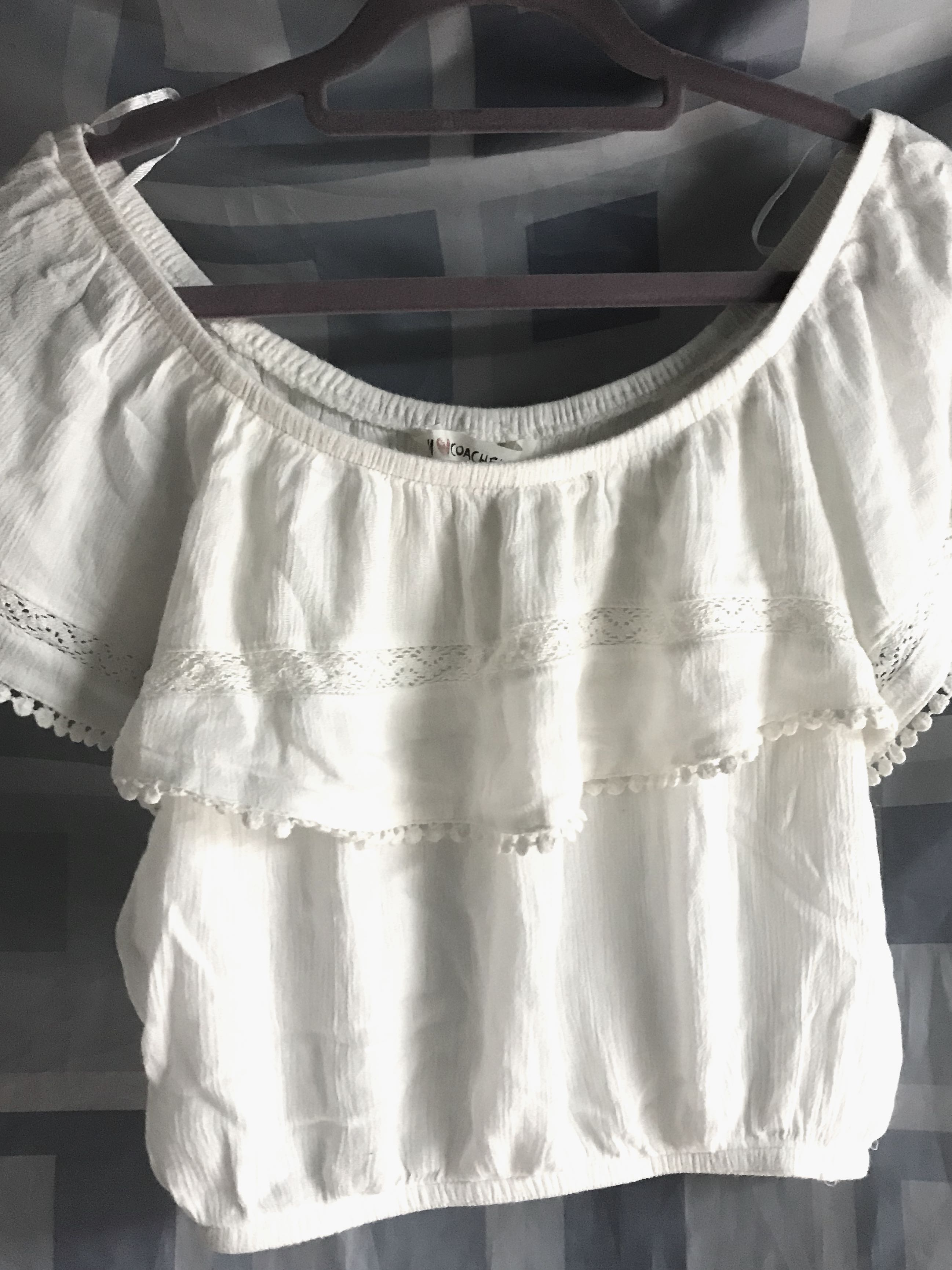 08cbccbb0242a H M off shoulder white top 白色一字膊上衣
