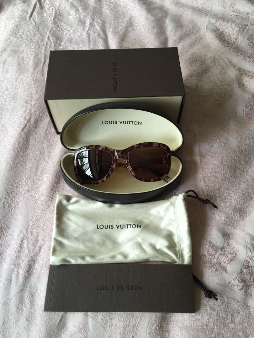 3a2b82e81678 NEW Louis Vuitton Sunglass with box, Luxury, Accessories, Others on ...