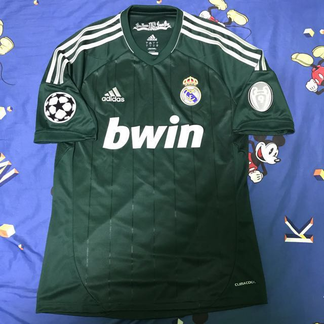 hot sale online 21160 d9ce6 Real Madrid 12/13 Season Champions League 3rd Kit, Sports ...