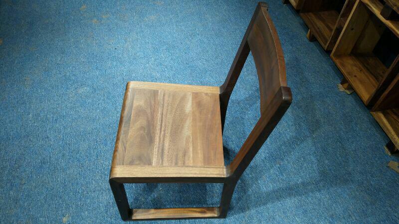 Suar wood chair solid furniture modern dinner chair